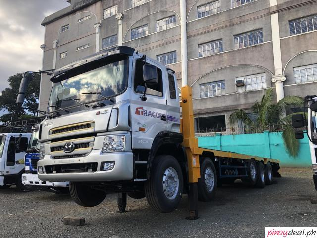 Hyundai Self loader - tri axle