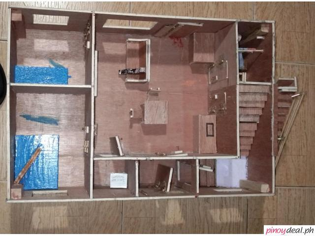Model House /  Doll House - home made - extreme detail and quality