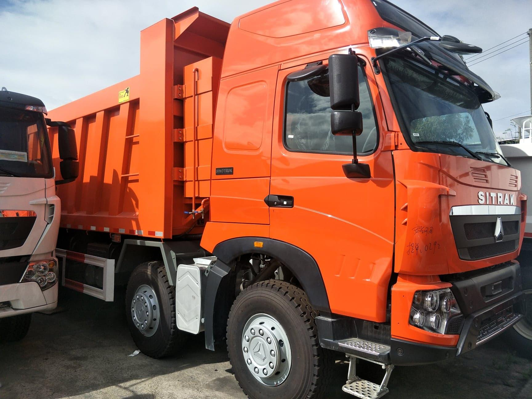 SITRAK 12-WHEELER DUMP TRUCK 30 CBM, MAN ENGINE