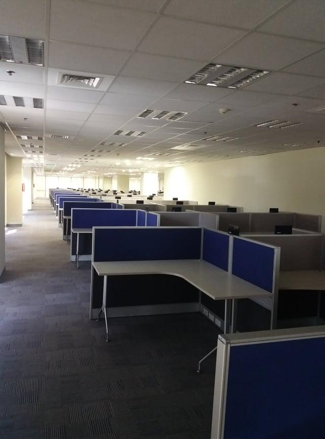 For Rent Fully Furnished Office Space For Lease in Pasay City Near Mall of Asia (MOA)