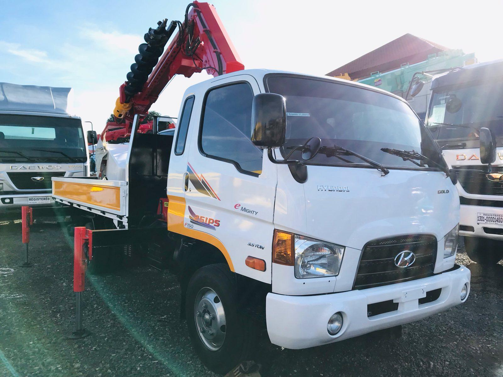 Euro 4 Hyundai Mighty Auger Drill Truck DH Super300A Model
