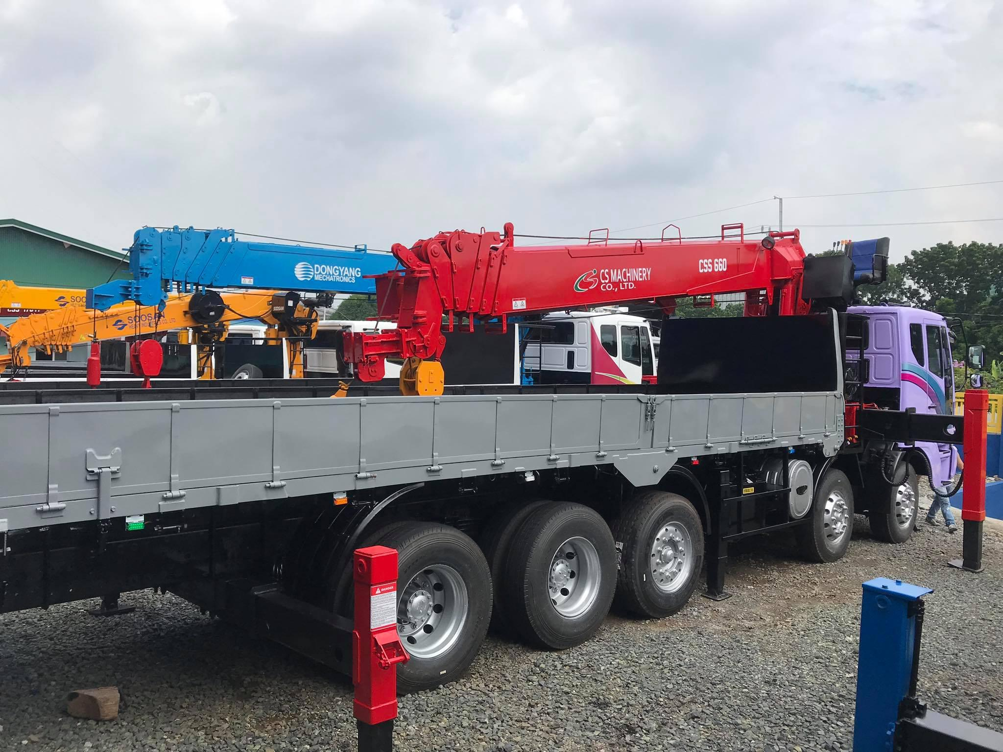 BOOM TRUCK 15 TONS EURO 4